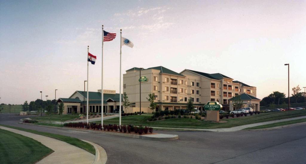 Blue Springs Marriott Hotel